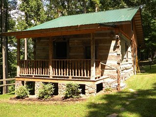 Beautiful Log Cabin - Minutes from Downtown Abingdon