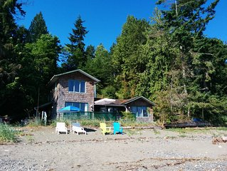 Cottage is right on the beach, walk-on waterfront