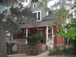 REDUCED Winter Rate!  Luxurious 1920 Victorian downtown
