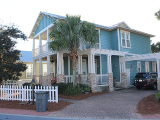 Stunning, Quiet Home with Five Minute Walk to the Gulf!