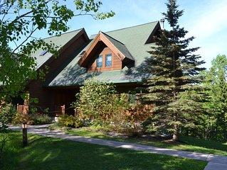'Ole's Lodge' Lutsen 5 Bed/4 Bath (Sleeps 14) *Best Price Guarantee*  Ski-In/O