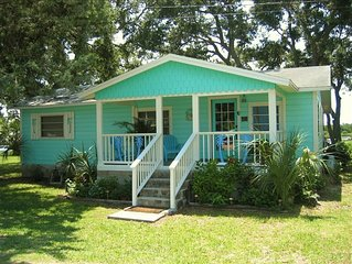 The Bonaire House~Fun Waterfront Cottage with Private Dock!!