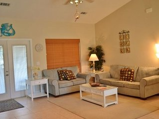**PET FRIENDLY**- Crystal Beach Home, Pool and Grill available