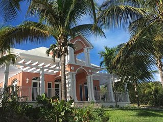 Beautifully furnished Villa just steps from pool & beach with outdoor grill.