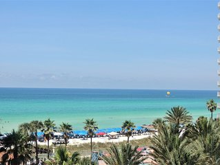Gulf Front, Spectacular View of the Gulf &Pool/ Reserved Parking / Free Wifi