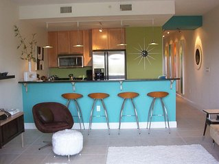 Special rate 6/1 -6/8 'Beach a Go-Go' Condo - Ocean Views