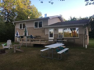 Waterfront (Sugar Island) home, with Pontoon May-September!