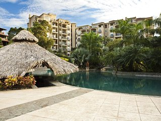 Luxury with Step to Beach, Town Center, Tamarindo