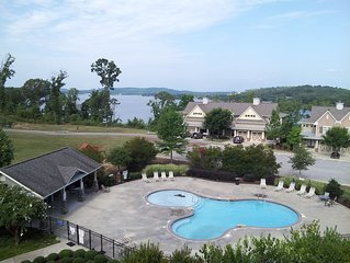 Awesome 3 Bedroom, 2 Bath, Newly Renovated Lakefront Condo