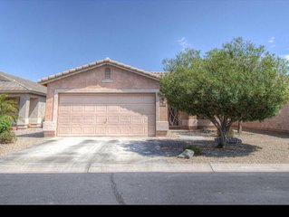 AMAZING RATES in a gated community! 5 min walk from clubhouse and pool!