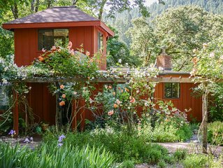 Charming home on the river in Redwood Country, family-friendly and pet-friendly
