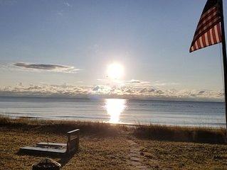 Door County Sand Beach Lake House * Linens Incl. * Prime Beach Location * Kayaks