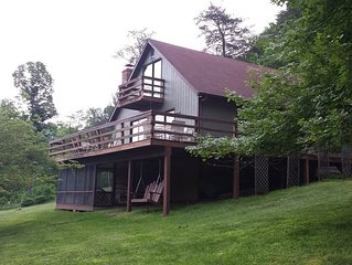 Mountain Retreat/cabin peaceful/relax/fish/kayak/swim/WiFi/dog friendly/discount
