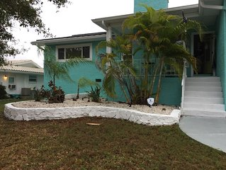 Private home with a Key West style!!!!!