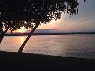 Escape To The Relaxing Shorelines Of Lake Leelanau