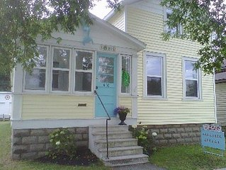 Charming House Located In Downtown Grand Haven
