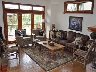 Ski-in/Ski-out 4 BR Beautiful Townhome Breckenridge, CO