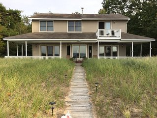 Lake Michigan Beachfront 4 bedroom Home with Fantastic Lake Views and huge beach