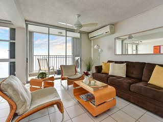 Exotic Caribbean Getaway - Stylish Beachfront Studio Penthouse