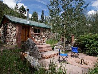 Cozy Rustic Stone Cabin at Berthoud Pass