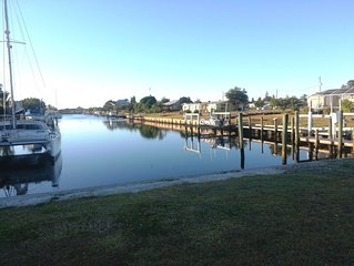 3BR/2BA Waterfront Home 1 Minute Away From Open Water