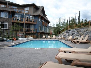 Canmore Condo from CAD $99/Night, Outdoor Heated Pool!!! Sleeps 6!