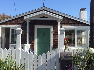Charming Cottage Near the Beach In the Heart of Laguna Village
