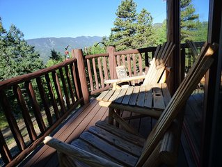 Aspen and Fall Leaves Viewing! Spacious Log Mountain Home with Amazing Views