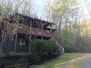 Elysium Lodging - Paradise in Western North Carolina!