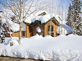 Schweitzer Ski Resort Truly Ski in/ Ski Out Cabin