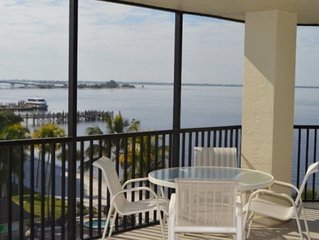 Corner condo at Sanibel Harbour - Fully Renovated