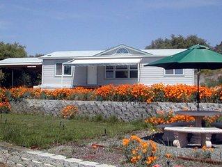 Starry Oaks Cottage on 15 Acres