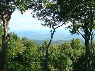 Virginia Blue Ridge Mountains - Wintergreen Resort/Devils Knob