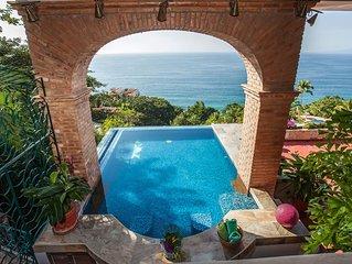 3 Bedroom Luxury Villa, 180 degree Ocean View, Private Heated Pool