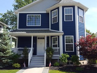 Beautiful home! 3 blocks to beach & town!
