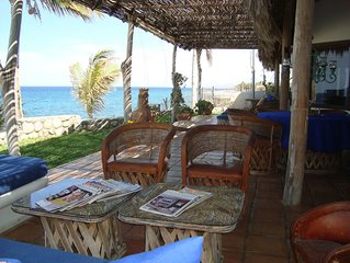 Tropical Beach Home - 4 en suites- Additional discount for less rooms