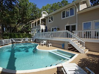 Private Pool, 200 Yards to Beach, Directly on Trent Jones Course