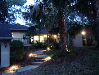 Seashore, 11 Mile Lagoon, Totally Renovated, Gated Community