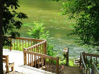 Riverside Vacation Home WHITE RIVER! by BULL SHOALS DAM & LAKE!