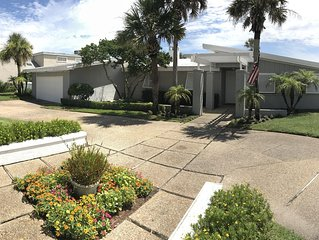 'The Swift Cottage' Old Ponte Vedra, Blvd. with Private pool!!