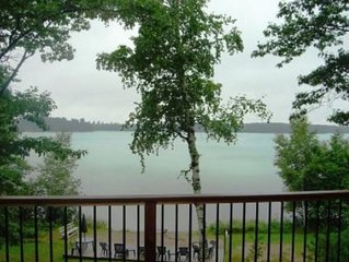 Beautiful lake front cabin on Round Lake, of the famous Pike Lake Chain