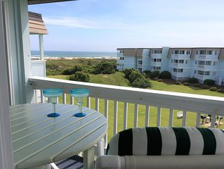 Wonderful Ocean View Condo and steps away from the Beach
