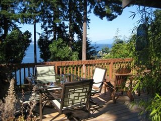 'The Happy House' Whidbey Island - Highbank Waterfront & Views