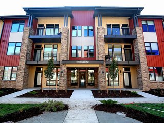 Monthly Executive Condo in Central Ft Collins