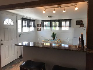 Totally Renovated Cottage! Be Our Guest In Historic Old Colorado City