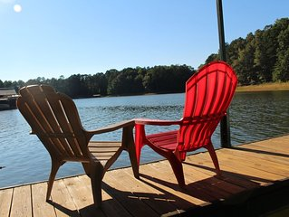Lake Hartwell Relaxation Haven!  Fabulous family fishing, swimming, and boating!