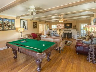 HOT TUB!! POOL TABLE!! HIKING TRAILS -AWESOME COUNTRY FARMHOUSE IN JULIAN
