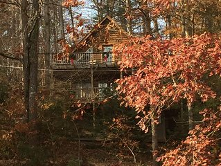 'Higher Ground Cabin,' a tree-top sanctuary in the beautiful Smoky Mountains!