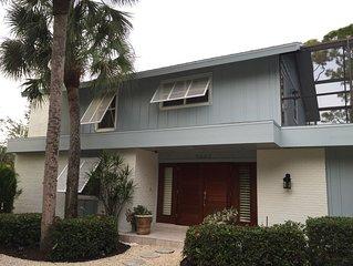Naples Home for Rent-Walk to Vanderbilt Beach-FANTASTIC VALUE!!