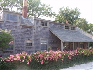 Authentic Cottage in the Heart of Historic Sconset